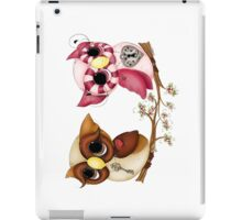 So In Love Hooties - Valentines Owl Art iPad Case/Skin