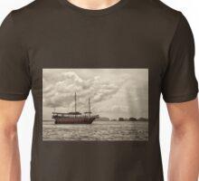 Traditional Chinese junk ship in Phang Nga Bay, Thailand Unisex T-Shirt