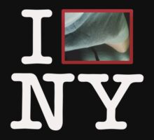 "I Heart / Love NY ""Anthony Weiner Style"" T-Shirt by BroadcastMedia"