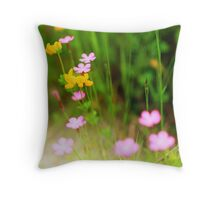 WildFlowers in Direct Sunlight Throw Pillow