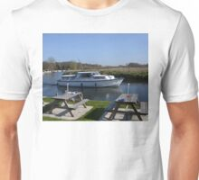 Norfolk Broads Cruiser Unisex T-Shirt