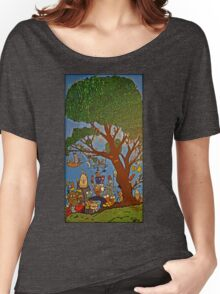 Picnic under Tree Women's Relaxed Fit T-Shirt