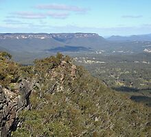 Hargraves lookout, Blackheath by SharronS