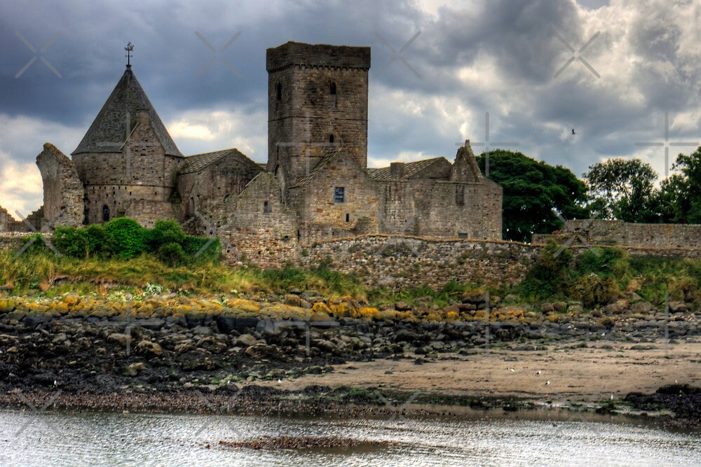 Inchcolm Abbey by Tom Gomez