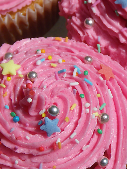 Really pink cupcakes!  by RightSideDown