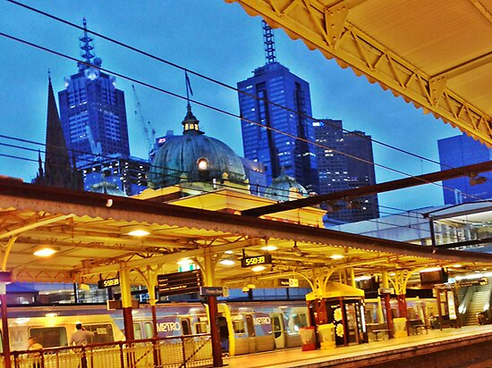 5.50am flinders street station, melbourne by MCANTO