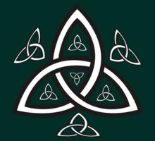 Celtic Trinity Knot by WildfireXIII