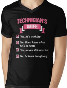 TECHNICIAN'S WIFE Mens V-Neck T-Shirt