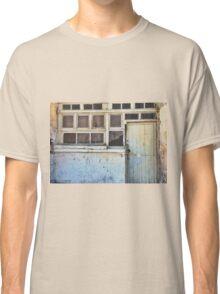 Yellow 13 - Chiara Conte Classic T-Shirt