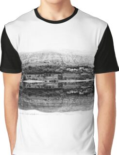 Perfect reflection Graphic T-Shirt