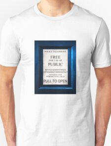 Tardis Text on..Everything.Quite geeky. T-Shirt