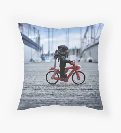Training: bicycle Throw Pillow