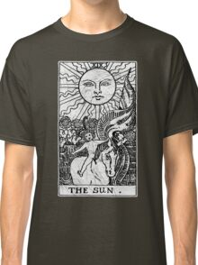 The Sun Tarot Card - Major Arcana - fortune telling - occult Classic T-Shirt