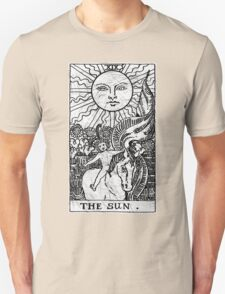 The Sun Tarot Card - Major Arcana - fortune telling - occult Unisex T-Shirt