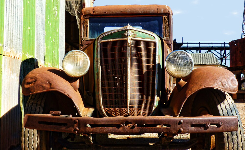 International Truck by V1mage