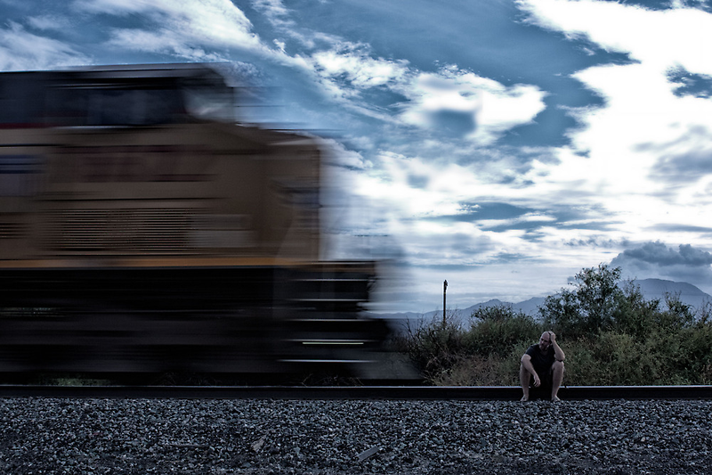 Waiting by Sven Ellirand