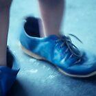 blue shoes by metriognome