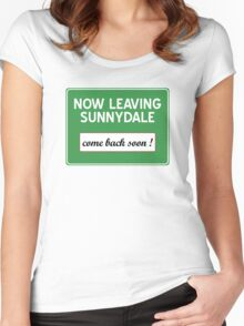 Now leaving Sunnydale (Buffy) Women's Fitted Scoop T-Shirt