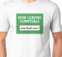 Now leaving Sunnydale (Buffy) Unisex T-Shirt