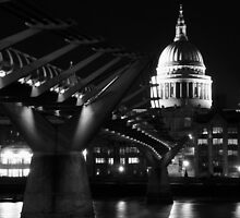 London moments - www.mikeosbornphoto.com by mikeosbornphoto
