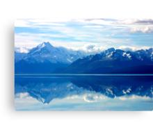 Lake Pukaki, New Zealand landscape Canvas Print