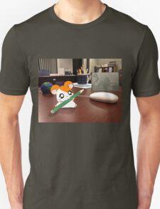 Hamtaro on my desk Unisex T-Shirt