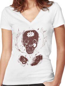 skull on fire Women's Fitted V-Neck T-Shirt