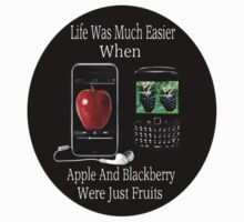 ☝ ☞ LIFE WAS SO MUCH EASIER WHEN APPLE AND BLACKBERRY WERE JUST FRUITS TEE SHIRT☝ ☞ by ╰⊰✿ℒᵒᶹᵉ Bonita✿⊱╮ Lalonde✿⊱╮