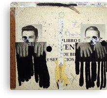 DOS DESCONOCIDOS BAJO LA INFLUENCIA DEL 12 (two unknow persons under the influence of the 12) Canvas Print