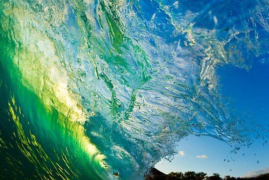 Amazing Wave Splash at Makena by printscapes
