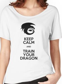 Keep calm and train your dragon Women's Relaxed Fit T-Shirt