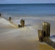 Movement in Westernport Bay by Greg McMahon