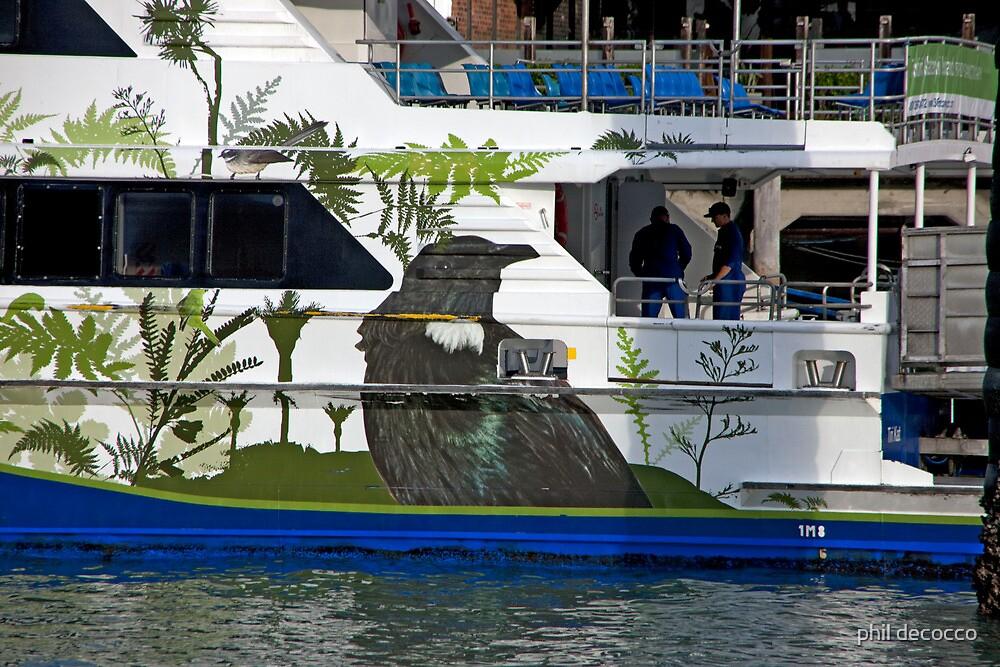 Kiwi Cruise by phil decocco