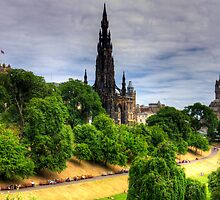 The Scott Monument in July by Tom Gomez