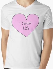 I ship us Mens V-Neck T-Shirt