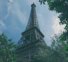 Eiffel Tower, Paris by James Farley