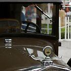 Classic Emblem Ford-T by Luis Fernando Del Águila Mejía