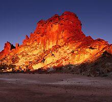 Last light on Rainbow Valley - Central Australia by Mark Shean
