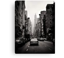 Manhattan avenue in black and white Canvas Print
