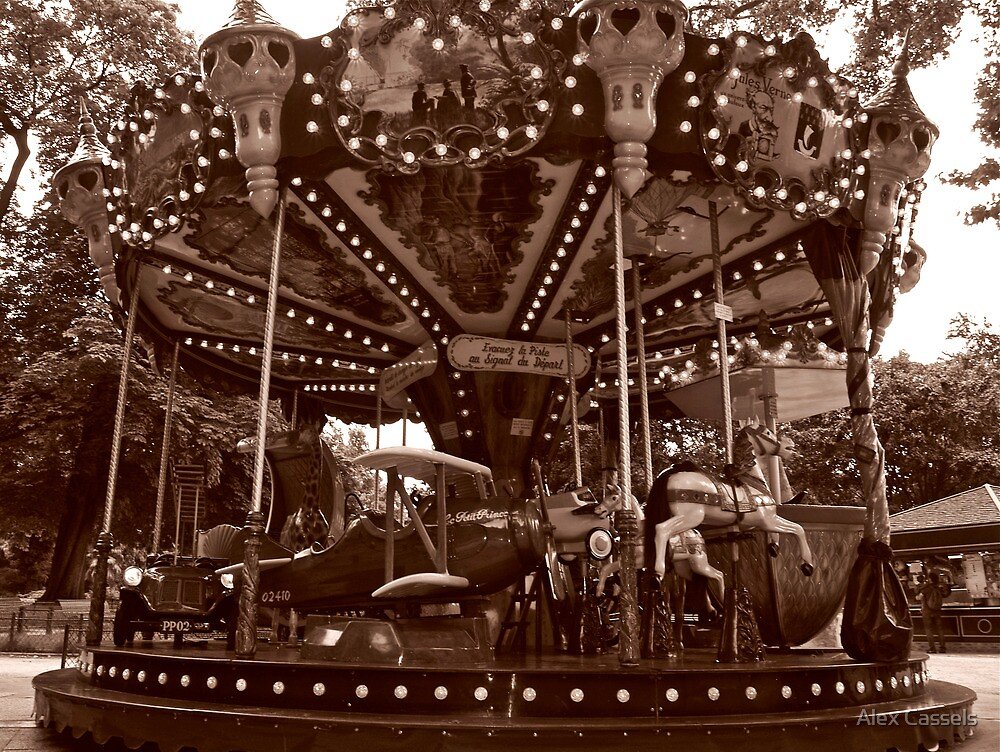 Carrousel Jules Verne by Alex Cassels