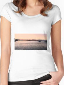Sunset creates Silhouettes Women's Fitted Scoop T-Shirt