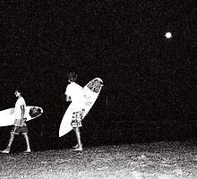 Night Surfing by Benofthesurf