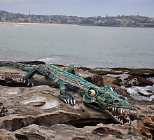 Crocodile @ Sculptures By The Sea, Sydney 2012 by muz2142