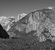 Tunnel View, Yosemite Valley, California, USA by TonyCrehan