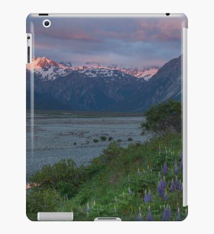 Waimakariri River _ New Zealand iPad Case/Skin