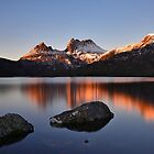 Sunrise at Cradle Mountain.  by Warren  Patten