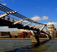 One Day In London : Crossing The Thames by artisandelimage