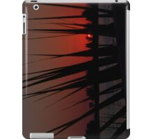 Sunset Thorugh The Palm iPad Case/Skin