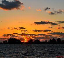 Warm Sunset by Zzenco