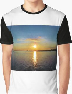 Star-burst Sunset Graphic T-Shirt